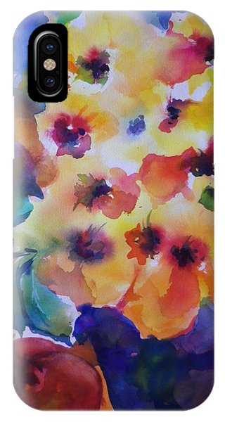 Hibiscus In Yellow Phone Case by Therese Fowler-Bailey