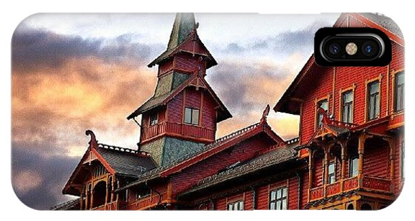 Picoftheday iPhone Case - Holmenkollen Hotell by Torbjorn Schei