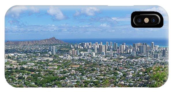 Honolulu  IPhone Case