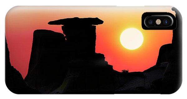Hoodoo Sunrise IPhone Case