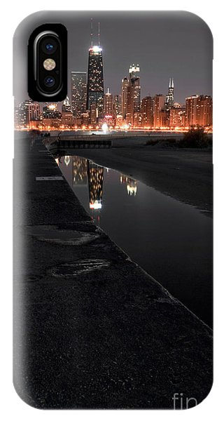 Architectural iPhone Case - Chicago Hot City At Night by Bruno Passigatti