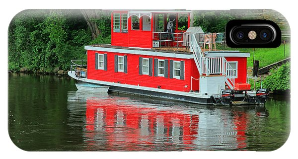Houseboat On The Mississippi River IPhone Case