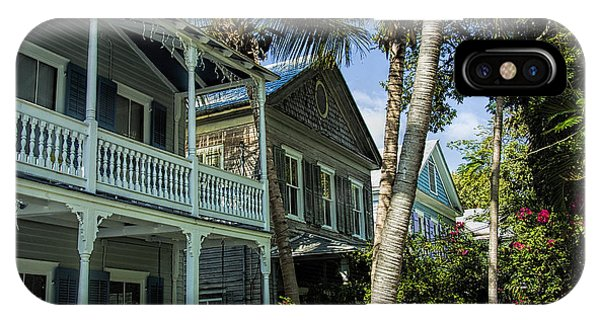 Houses In The Palms  Phone Case by Dale Wilson