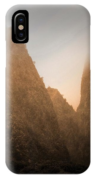 Iao Needle In Sepia IPhone Case