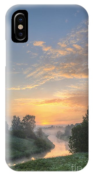 Salo iPhone Case - In The Morning At 04.27 by Veikko Suikkanen