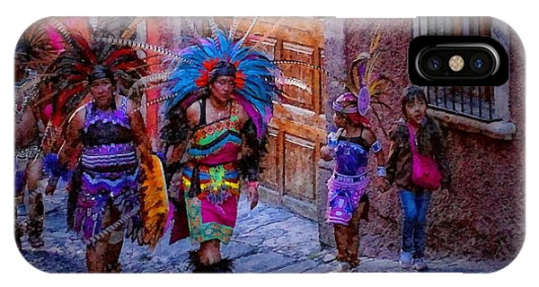Indians Walking  On Pila Seca IPhone Case