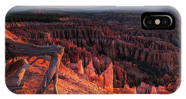 IPhone Case featuring the photograph Inspiration Point by Edgars Erglis