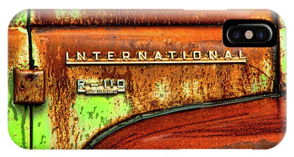 International Mcintosh  Horz IPhone Case