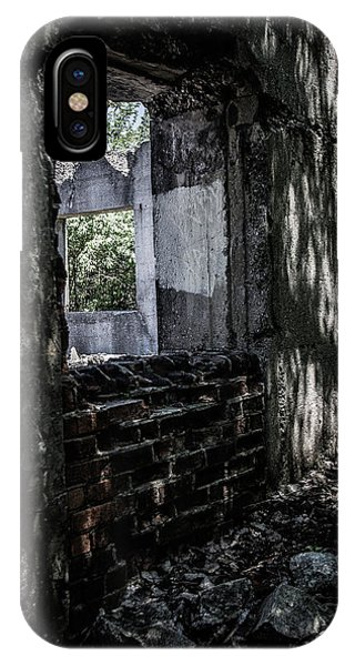 Into The Ruins 4 IPhone Case