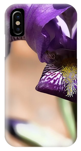 Iris Gemanica IPhone Case