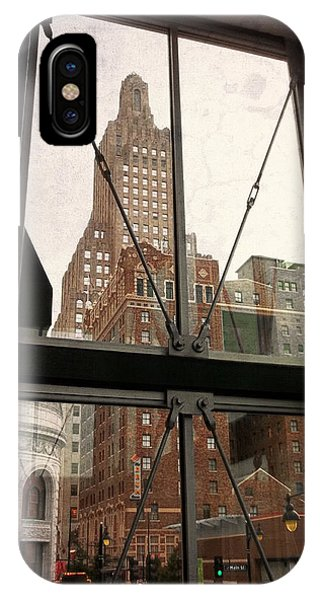 Kansas City - Beyond The Window Phone Case by Glenn McCarthy Art and Photography