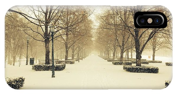 Kc Snow With Parisian Flare IPhone Case