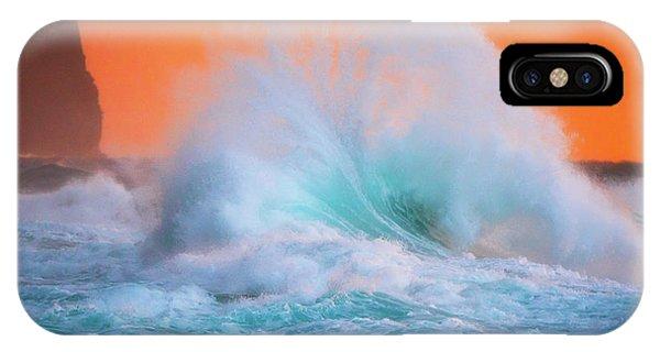 Ke'e Fan Wave IPhone Case
