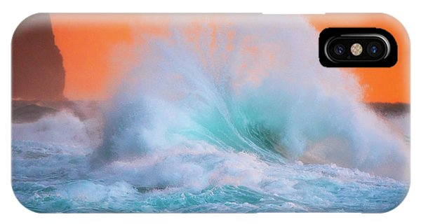 Ke'e Fan Wave IPhone Case