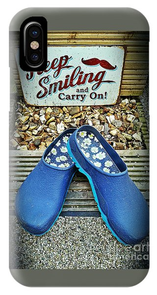 Keep Smiling And Carry On IPhone Case