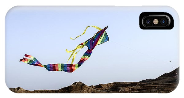 Kite Dancing In Desert 02 IPhone Case