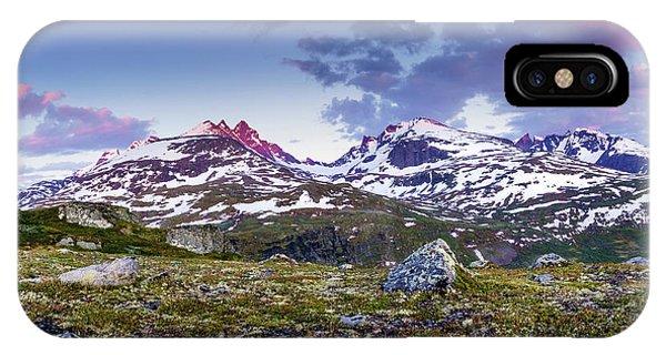 Crimson Peaks IPhone Case