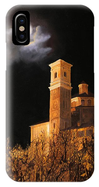 la luna a Cherasco IPhone Case