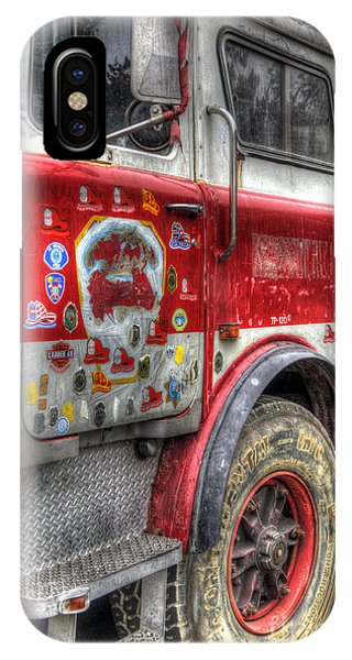 Ladder Truck 152 - In Remembrance Of 9-11 IPhone Case