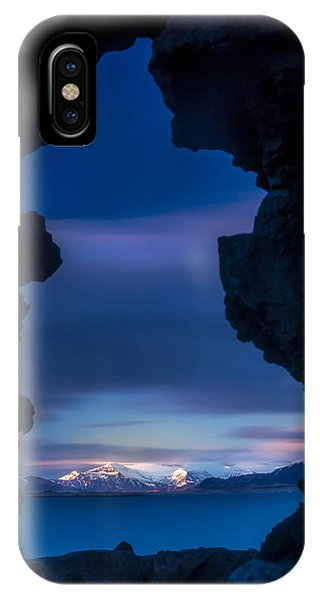 Last Light Through Lava IPhone Case
