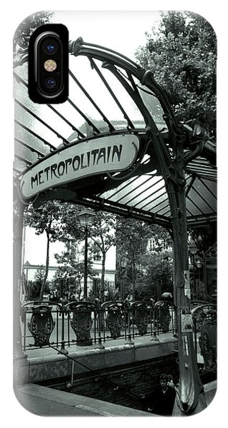 Paris Metro iPhone Case - Le Metro As Art by Kathy Yates