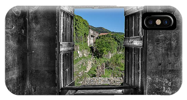 Let's Open The Windows - Apriamo Le Finestre IPhone Case