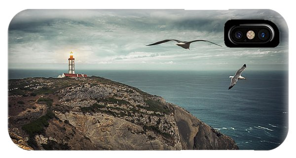 Navigation iPhone Case - Lighthouse Cliff by Carlos Caetano