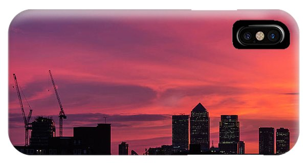 London Wakes 1 IPhone Case