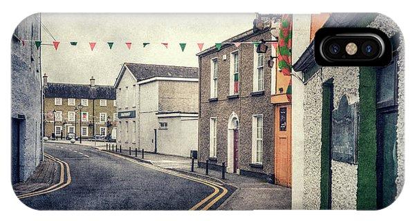 Irish iPhone Case - Lonesome Town by Evelina Kremsdorf