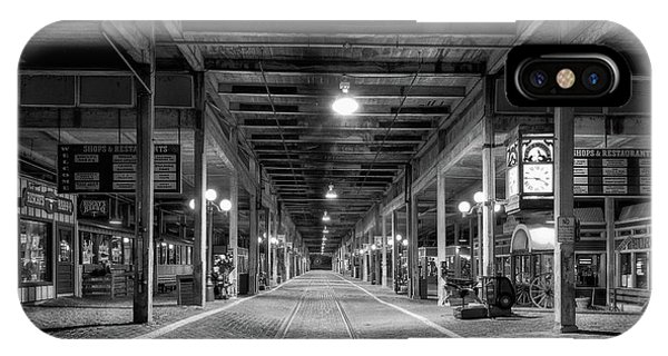 Railroad Station iPhone Case - Looking Down The Tracks by Paul Quinn