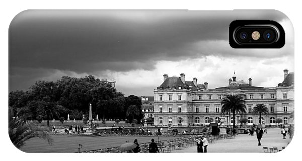 Luxembourg Gardens 2bw IPhone Case