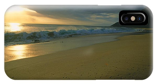 Makua Beach, Oahu, Hawaii IPhone Case