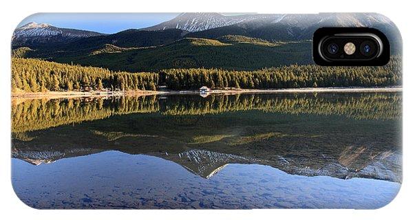 Maligne Lake Jasper National Park Alberta Canada Phone Case by Pierre Leclerc Photography