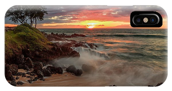 Maluaka Beach Sunset IPhone Case