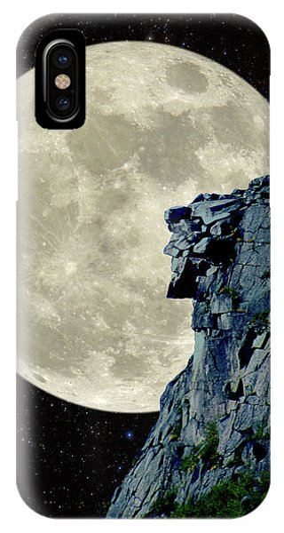 Man In The Moon Meets Old Man Of The Mountain Vertical IPhone Case