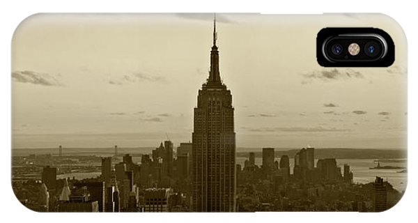 Manhattan Sky View IPhone Case