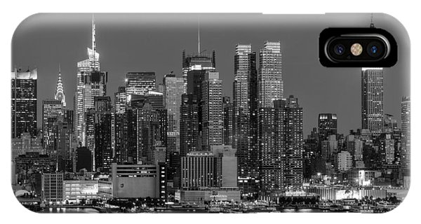 Manhattan Twilight Iv IPhone Case