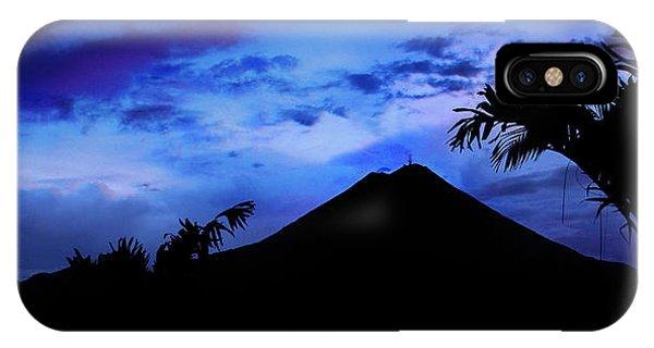 Mauii IPhone Case