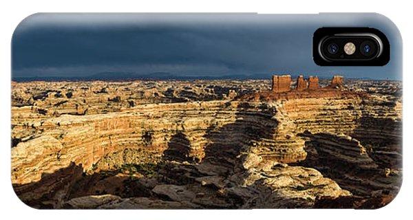 Maze Panorama IPhone Case