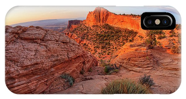 Mesa Arch Overlook At Dawn IPhone Case