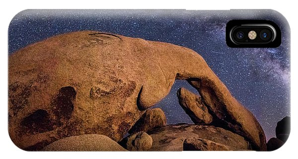 Milky Way Over Arch Rock IPhone Case