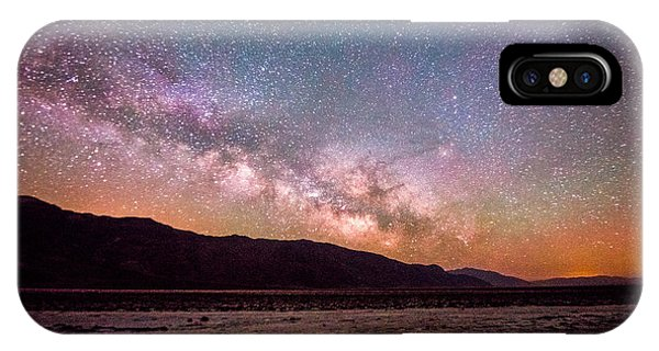 Milkyway Over Death Valley IPhone Case