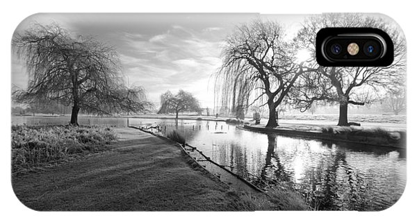 Mono Bushy Park Uk IPhone Case