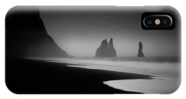 Black Sand iPhone Case - Monuments At Dawn by Peter Svoboda