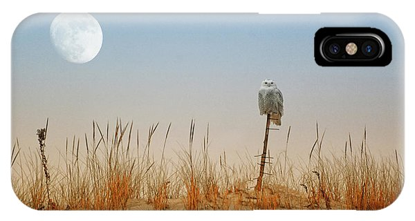 Moon Rise Snowy Owl IPhone Case