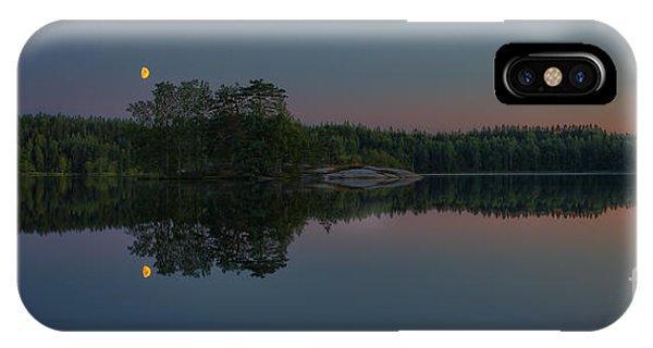Salo iPhone Case - Moonlight by Veikko Suikkanen