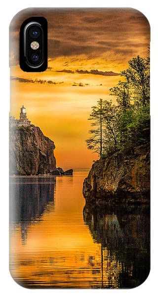 Morning Glow Against The Light IPhone Case
