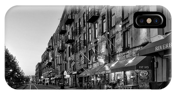 Morning On River Street In Black And White IPhone Case