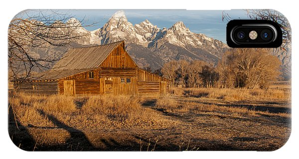 IPhone Case featuring the photograph Moulton Barn by Gary Lengyel