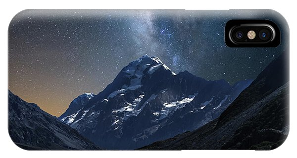 Mount Cook At Night IPhone Case